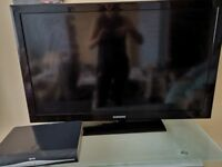 TV & sky box with wall bracket mounted