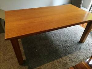 DIning Table Solid Tasmanian Oak hand made Cheltenham Kingston Area Preview