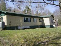 60' x 12' mobile home