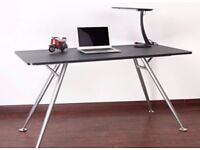 Clearance Sale.... Brand New,Modern Stylish Computer Study/Game Desk (LD 512)