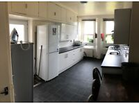 LARGE 6 BED STUDENT PROPERTY within easy walking distance of the Arts Tower, shops, City. BILLS INC!