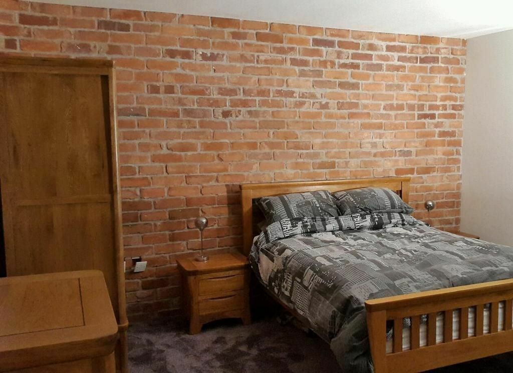 Old Victorian Blend Reclaimed Brick Slips Adhesive