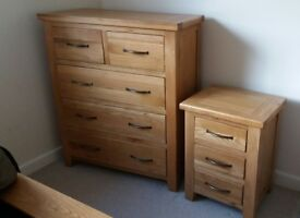 Oak Chest of Drawers & Bedside Table