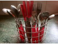 RED 16 PIECE CUTLERY SET
