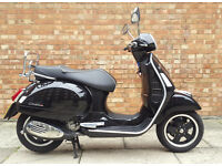 Vespa GTS 300 Black with ONLY 761 miles