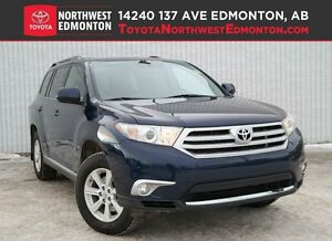 2011 Toyota Highlander 4WD V6 | Rear Vision Camera | Pwr L Gate