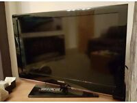 """Samsung 40"""" LCD TV Full 1080p HD with Freeview and 3 HDMI all fully working comes with remote"""