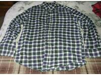 Mens shirt medium/large