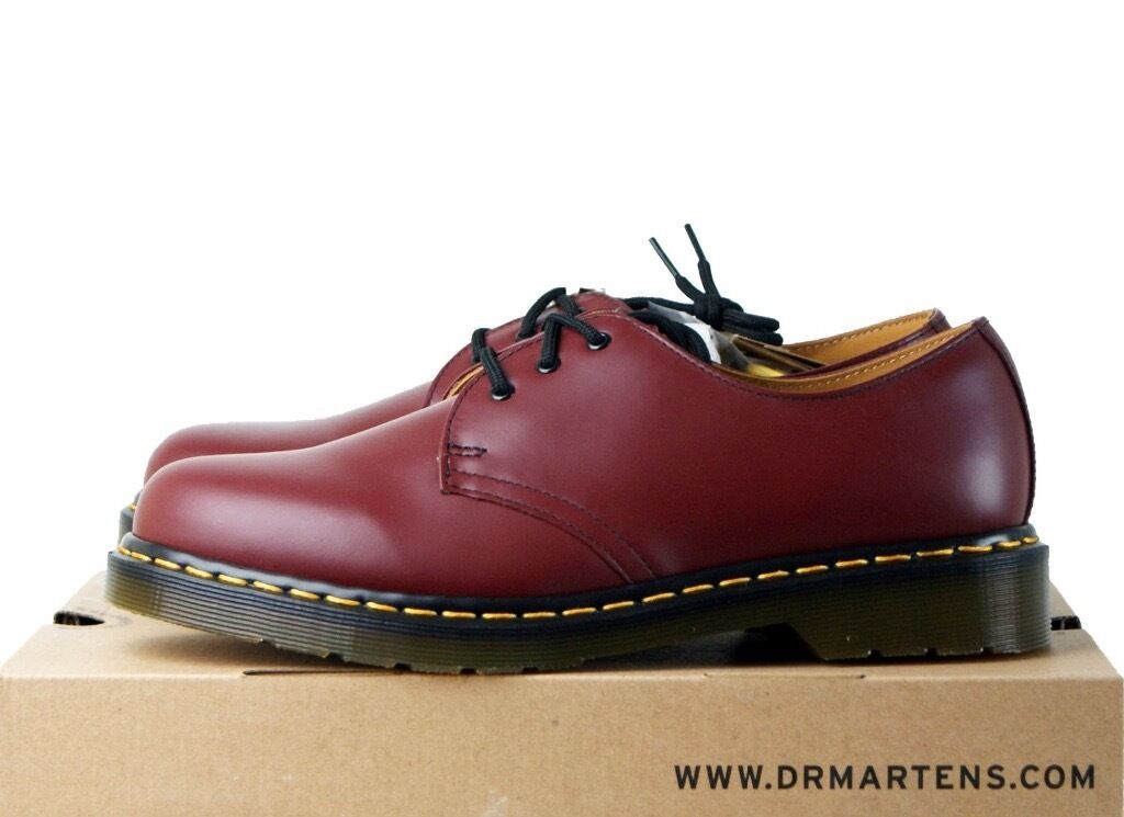 Good condition cherry red Dr Martens shoes size 6 unisexin Leeds City Centre, West YorkshireGumtree - Amazing dr martens cherry red shoes, unisex size 6. Collect from Leeds or will post if postage is covered )