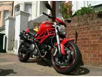 Ducati Monster 696 2011 - 5500 miles