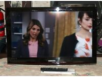 Samsung 32 inch HD Ready LCD TV with Freeview