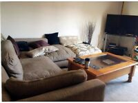 Aldershot Bell Chase flat - one bedroom with you own bathroom to let