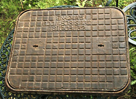 Original Victorian drain cover - cast iron