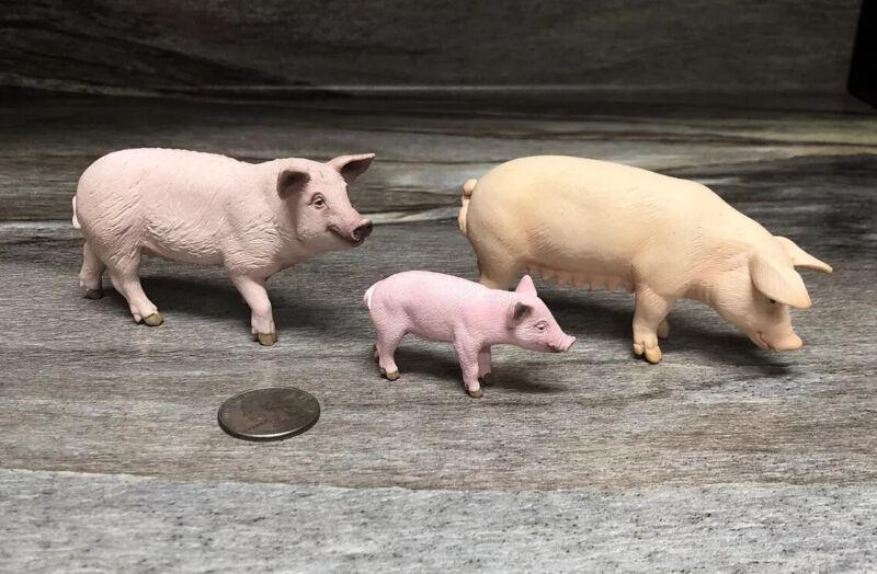 Lot Of 3 Schleich Pigs/ 2014 Sow Hog & 1 Piglet Set/ 2003 Sow Hog/ ECU!