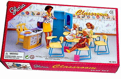 Gloria,Barbie Doll House Furniture/(9816) Classroom