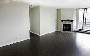 Renovated 2 Bedroom | Mississauga | Fireplace, Balcony!