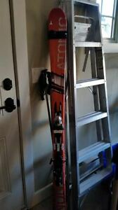 Men's Atomic Shaped Skis for Sale! Skied on only 3 seasons!