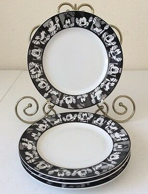 "DISNEY ""Mickey Grid"" Set Of 4 Salad Plates Black & White Mickey And Goofy"