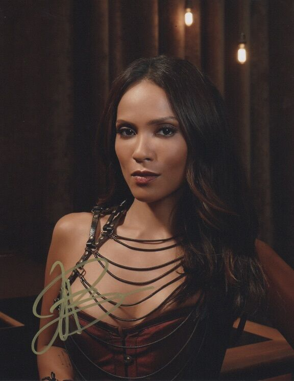 Lesley-Ann Brandt Lucifer Autographed Signed 8x10 Photo COA #3