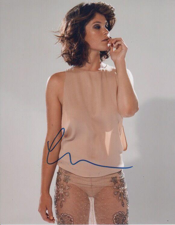 Gemma Arterton Autographed Signed 8x10 Photo COA #18