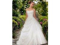 Essense of Australia Ivory wedding dress size 10-14 Corset back