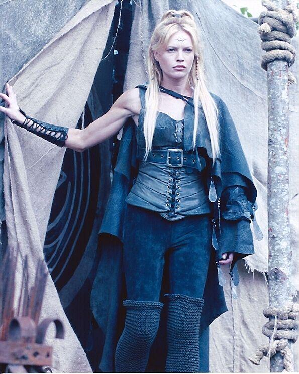 Jolene Blalock (Ishta) Stargate Sg-1 Photo