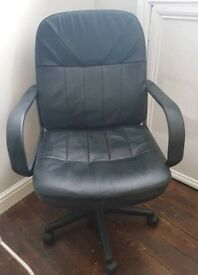 Black Computer Chair Vgc