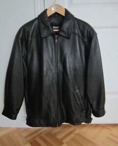 Danier leather jacket / Manteau en cuir - medium / moyen