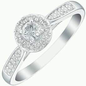 White gold 1/4carrot real diamond ring size N brand new