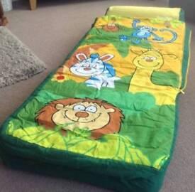 Kids jungle bed