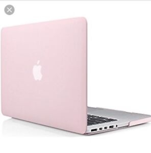Selling Macbook pro 13 labtop case and keyboard cover (PINK)