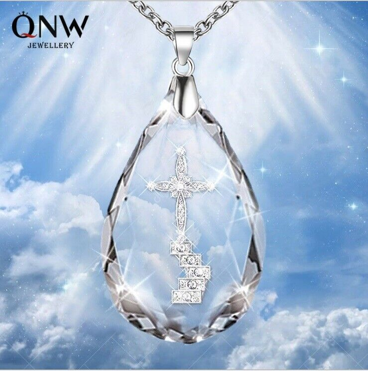 Jewellery - Crystal Cross Pendant Necklace Heart Chain Diamond Womens Jewellery Jesus Gift