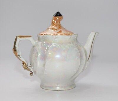 ungewöhnliche Porzellan Teekanne mit Perlmutt-Glasur Puppenstube  #B130