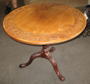 LOVELY ANTIQUE SOLID MAHOGANY BIRDCAGE TILT TOP TABLE AT CHARMAI