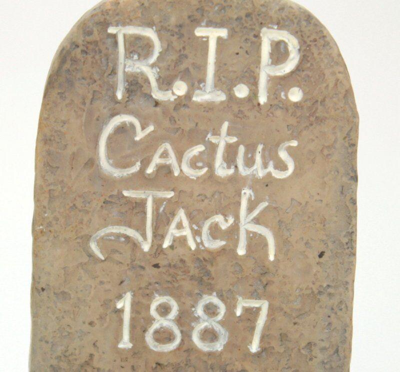 Miniature Cactus Jack Tombstone - G Scale - Model Train Accessory - 118-1010
