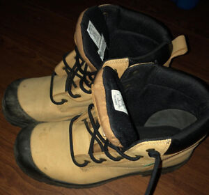 MAN SAFETY SHOES