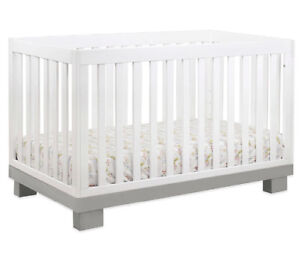 Crib and mattress (+ cover) for sale