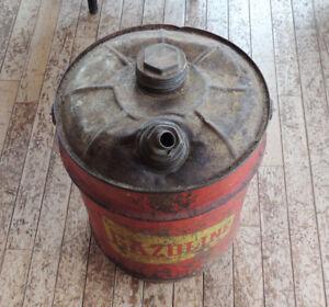 Old vintage 5 gallons gaz tank