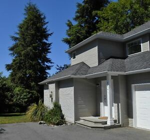 1/2 Duplex Sooke, B.C (near Whiffen Spit)  REAR UNIT