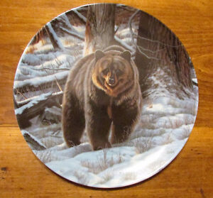 "Vintage ""THE GRIZZLY BEAR"" Plate by Paul Krapf"