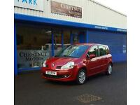 Renault Grand Modus 1.2 TCe ( 100bhp ) 2011 Dynamique In Red