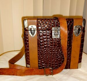 VINTAGE MAN BAG // CROCODILE SKIN HIDE // REAL ALLIGATOR LEATHER // VTG MAP // CAMERA // BROWN // UNISEX // MASCULINE