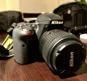 NIKON D3300 DSLR w/ 18-55mm Lens VR Kit - Mint Condition