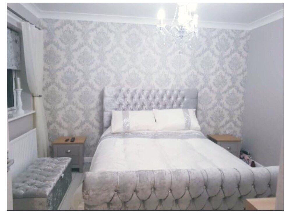 Brand new silver crushed velvet bed and mattresss