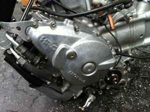2006 HONDA RC51 MOTOR WITH ONLY 6700KMS Windsor Region Ontario image 8