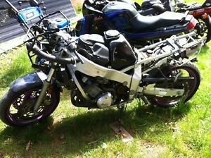 FZR600 YAMAHA 1993 PARTING OUT