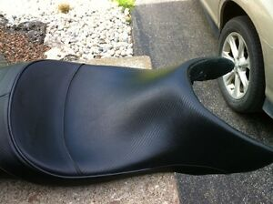 CBR600F4 99-00 CORBIN SEAT WITHOUT THE BACK REST Windsor Region Ontario image 6