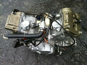 2006 HONDA RC51 MOTOR WITH ONLY 6700KMS Windsor Region Ontario image 4