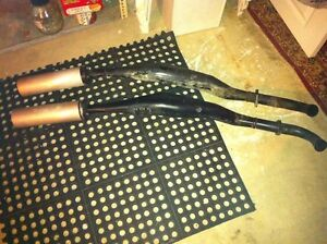 RZ500 YAMAHA STOCK EXPANSION CHAMBERS IN GOOD CONDITION Windsor Region Ontario image 6