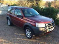 LAND ROVER FREELANDER S HARDBACK (red) 2001